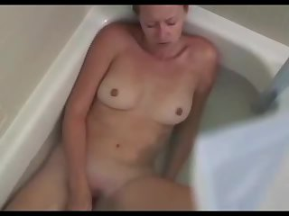 Spying my step mom and jerking off