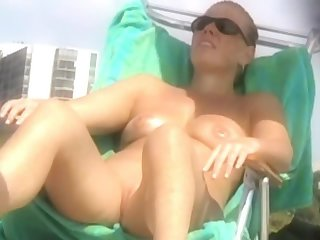 Spying on nudist people
