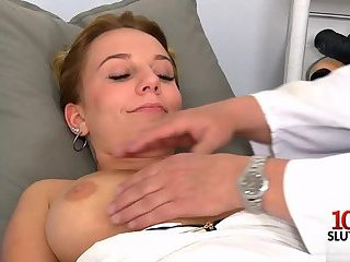 Thumb Brunette doctor gaping and cumshot