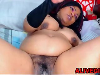 Big botty SQUIRTLOVE_BRUNETTE squirting phat pussy ALIVEGIRL