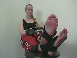 Big Feet Kickboxing fighter Gypsy