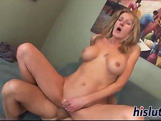 Stacked bimbo gets to taste sticky cum