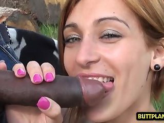 Hot amateur outdoor and cum in mouth