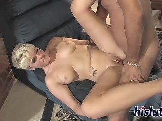 Foxy blonde has her bald cunt nailed