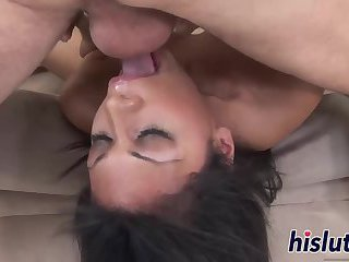 Fabulous Cassandra delivers the perfect blowjob