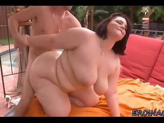 Busty horny BBW loves blowjob and cumshot on her huge tits