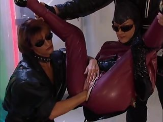Hot MILF in latex fucked and fisted - part 2