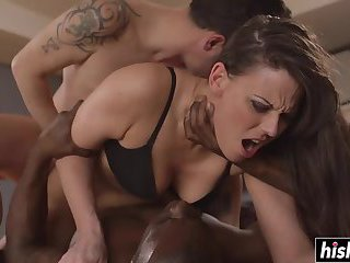 Double cock sucking featuring Simony Diamond