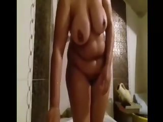 Masturbation Arab BBW housewife Aida
