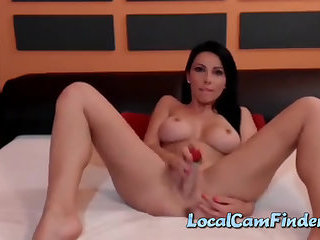 Webcam brunette babe pokes her pussy with dildo and teasing