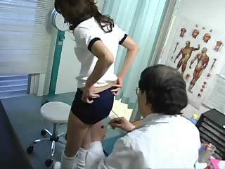 Japanese schoolgirl (18 ) medical exam