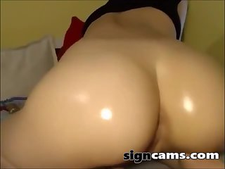 Big Oiled Ass Bouncing