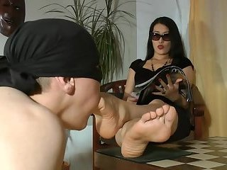 Worship Your feet Mistress