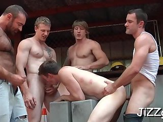Serious anal at the bar