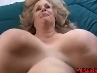 BBW milf Suzie Qhas big boobs plays with unreal massive boobs