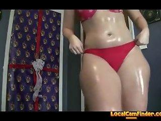 Big shiny ass twerking on webcam