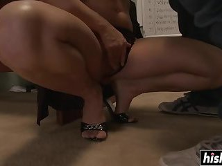 Hot MOM gets plowed on the desk