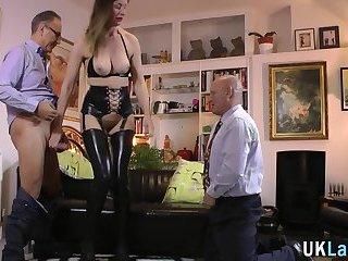 Latex anal gratis sex video