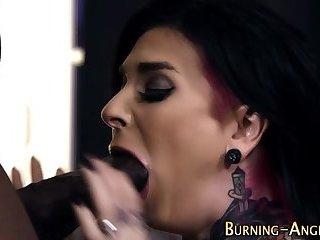 Punk rocker fucks black
