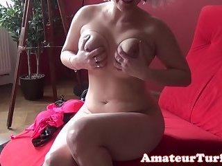 Busty blonde amateur pussyrubbing on webcam