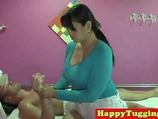 Curvy asian masseuse makes her client happy