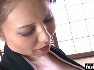 Asian cutie pleases her wet pussy