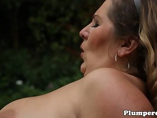 Massage loving domina cocksucking outdoors
