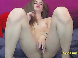 Hot Summer Masturbation of Barbie Teen With Tight Ass