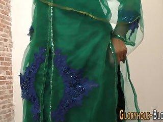 Arabian gloryhole babe