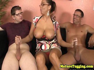 Spex stepmom jerking dicks until cumshot
