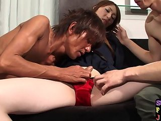 Asian ts amateur pounded in threesome
