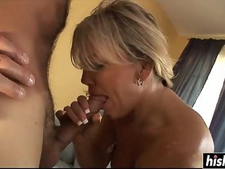 Horny girl gets to ride a dick
