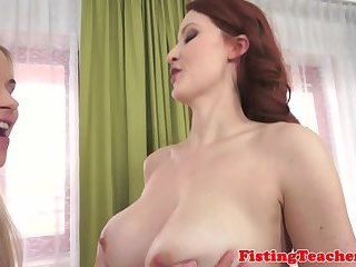 Gaping beauty fisted by eurobabe