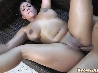 Bigass ebony babe teasing outdoors before sex