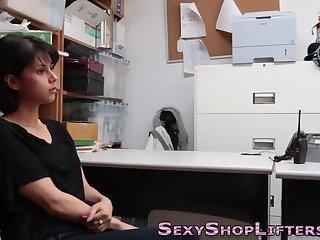 Shoplifter gets facial