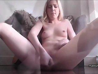 Neighbor peeks at my gushing pussy
