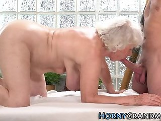 Granny fucked by masseur