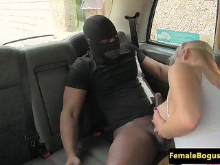 Taxi babe plowed by black cock after sucking