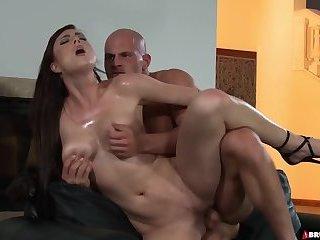Hardcore Oily Fuck For Babe Stracy