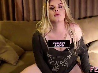 Masturbating solo trap pleasuring her cock