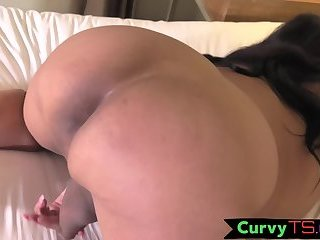 Bigass chubby trans strokes her dick