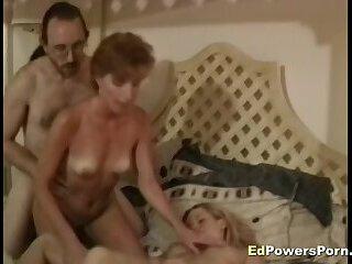 Amateur sluts 3way fuck
