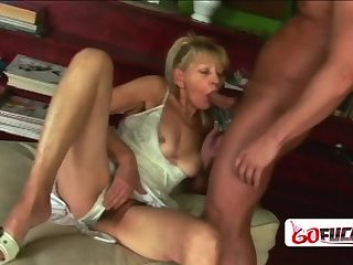Horny gilf lets Libor drill her hard and deep in the library