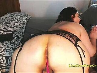 Italian MILF with Big Tits and 40 Inch Ass