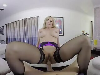 Brandi Love - Trick or Skeet VR