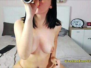 Very Hot Ass Girl Masturbating LIVE CAM FREE