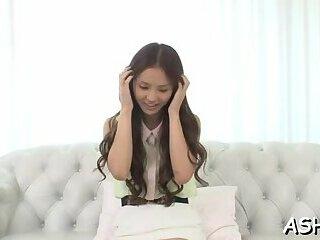 Adorable eastern babe Emiri Okazaki decided to show her erotic fanny