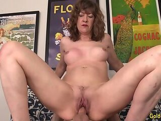 Screenshot video horny gilf babe morgan cannot resist the desire for hard cock