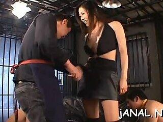 Bimbo Yui Komine's putz stretched wide