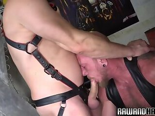 Muscle hunk bareback pounded by horny wolf